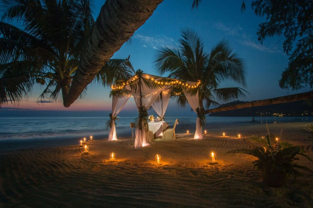 浪漫燭光晚餐